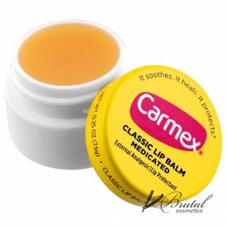 Carmex бальзам для губ классический в баночке.